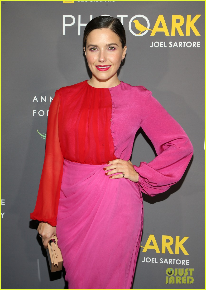 sophia bush holland roden support national geographic photo ark exhibit 05