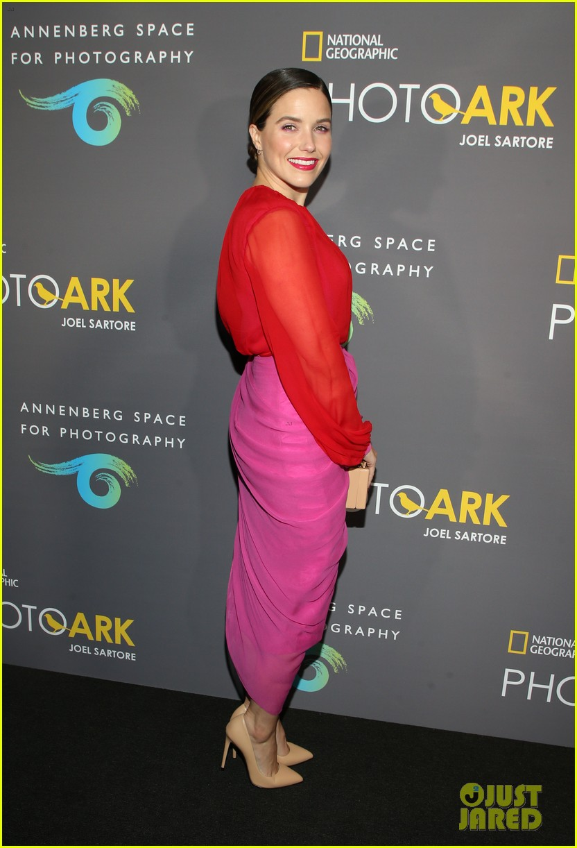 sophia bush holland roden support national geographic photo ark exhibit 18