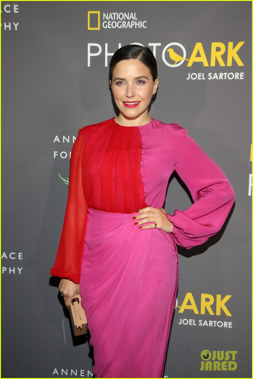 sophia bush holland roden support national geographic photo ark exhibit 21