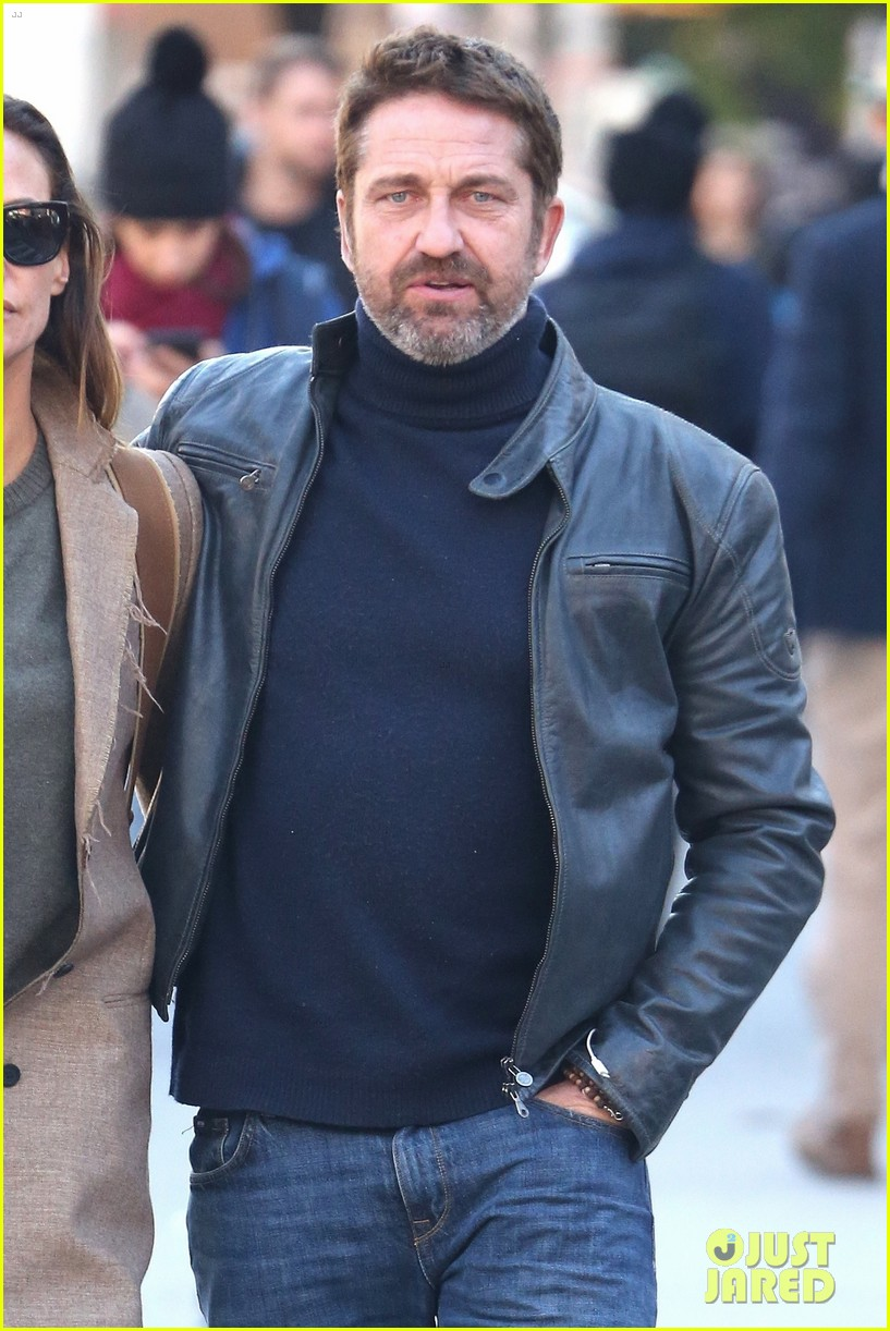 gerard butler morgan brown chilly fall day 024166860