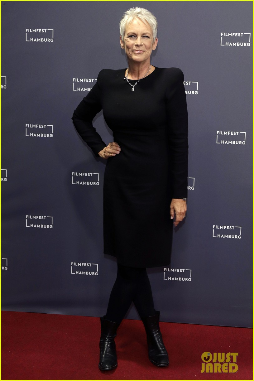 jamie lee curtis says halloween is a family trauma story 014158038