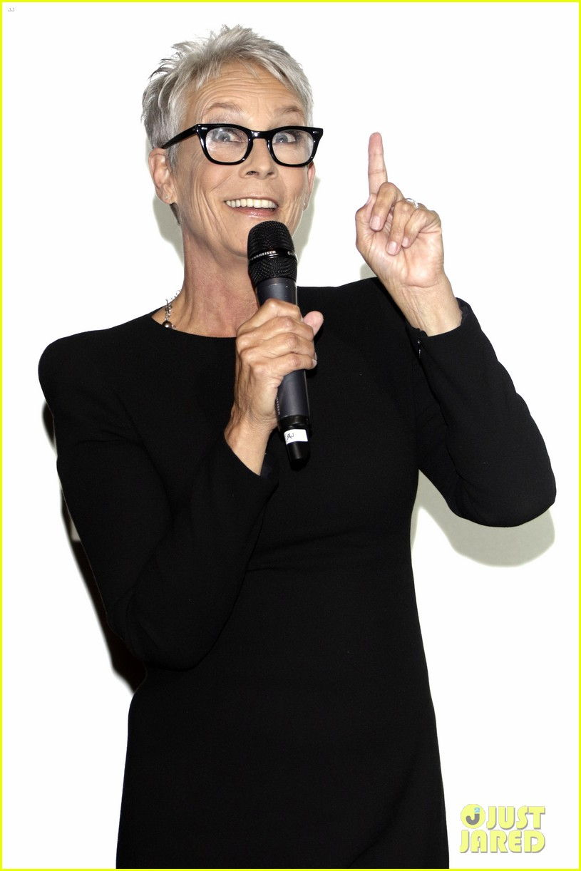jamie lee curtis says halloween is a family trauma story 024158039
