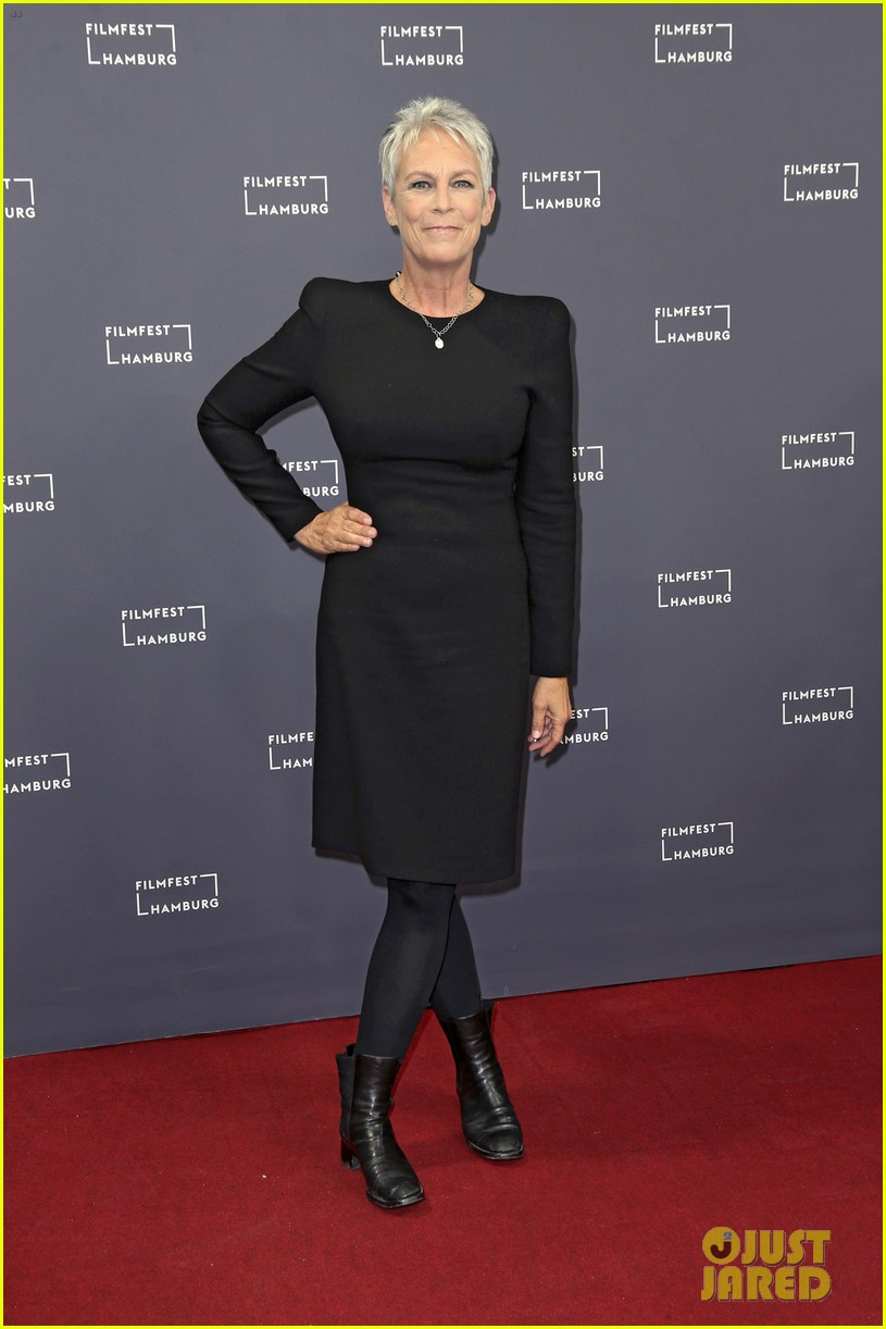 jamie lee curtis says halloween is a family trauma story 044158041