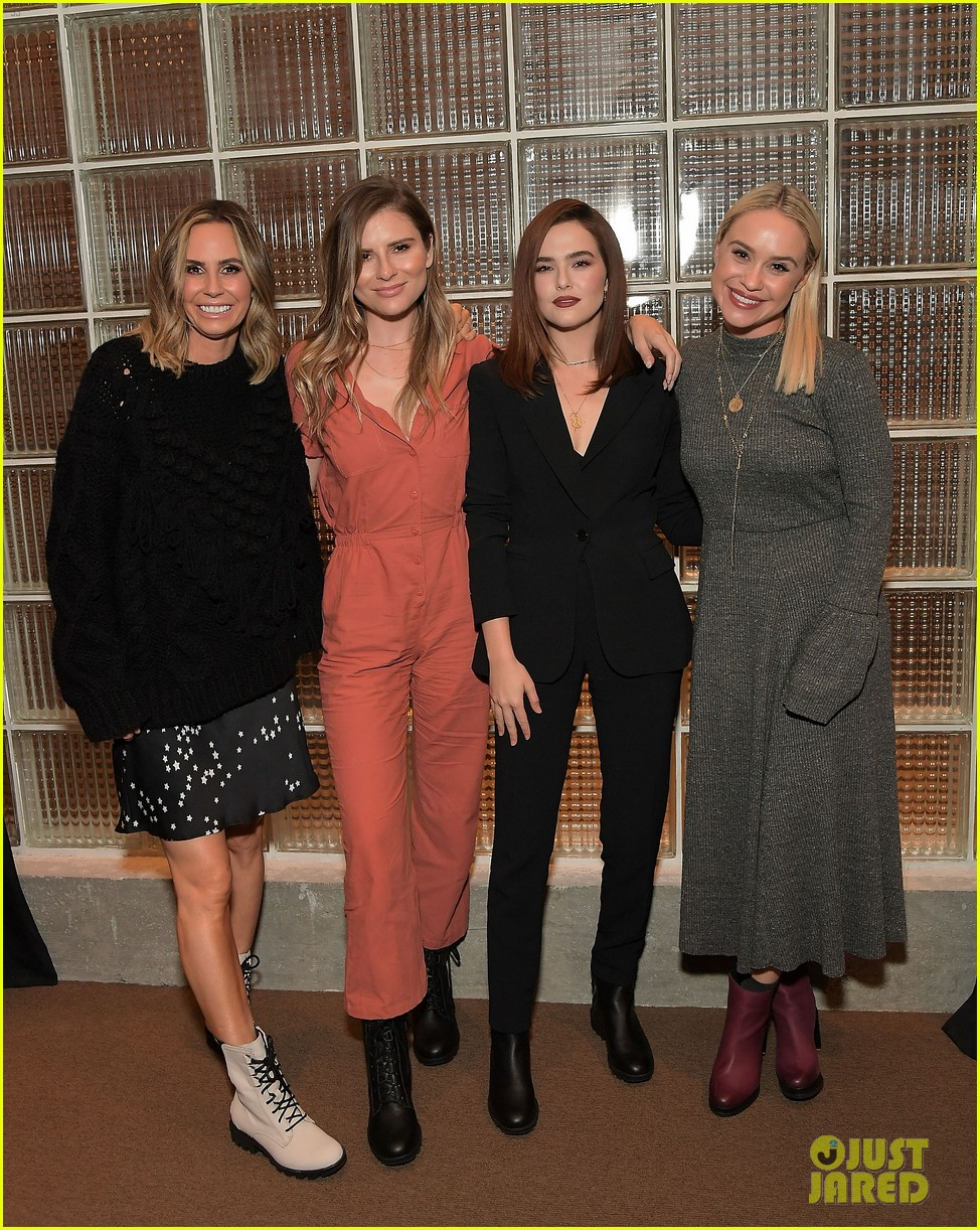 zoey deutch supports ladygang stars at fall podcast party054167293