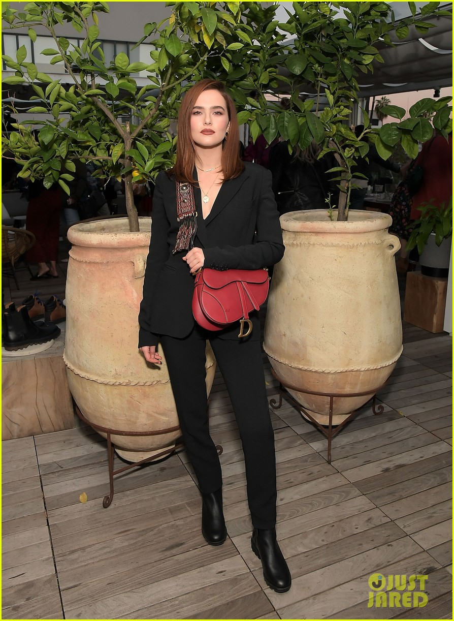 zoey deutch supports ladygang stars at fall podcast party06