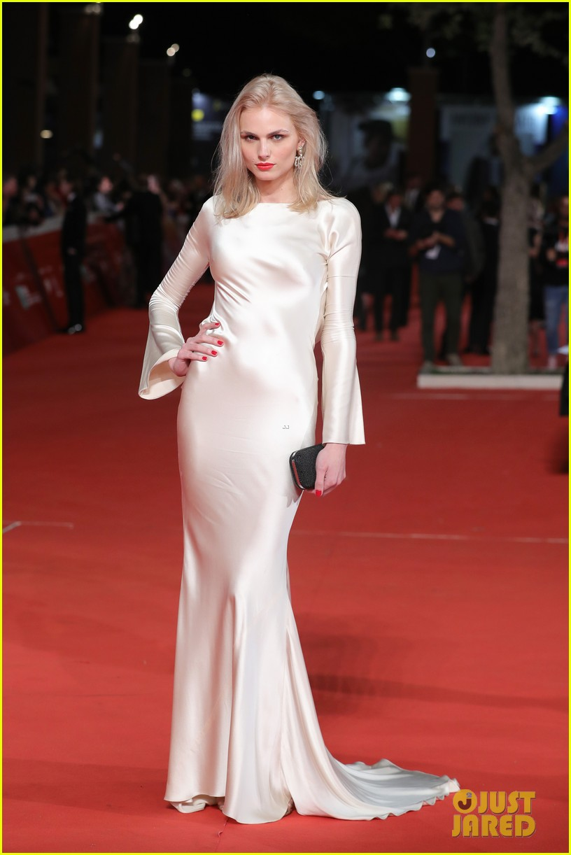 claire foy sylvia hoeks hit red carpet the girl in the spiders web at rome film fest 024170258