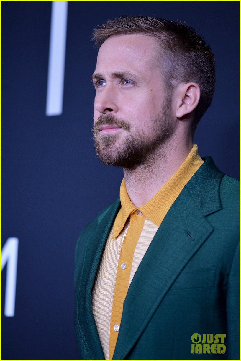 ryan gosling claire foy first man dc premiere 084158837