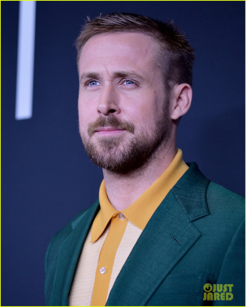 ryan gosling claire foy first man dc premiere 094158838