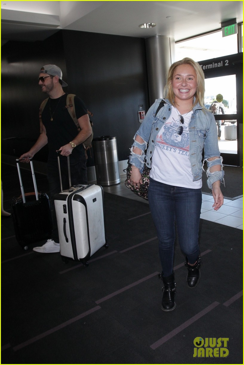 Hayden Panettiere Amp Boyfriend Brian Hickerson Are Still