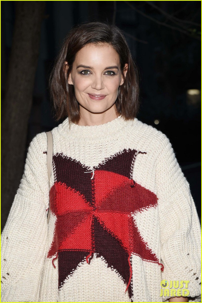 katie holmes steps out to support blue diamond almonds holiday house 044162930