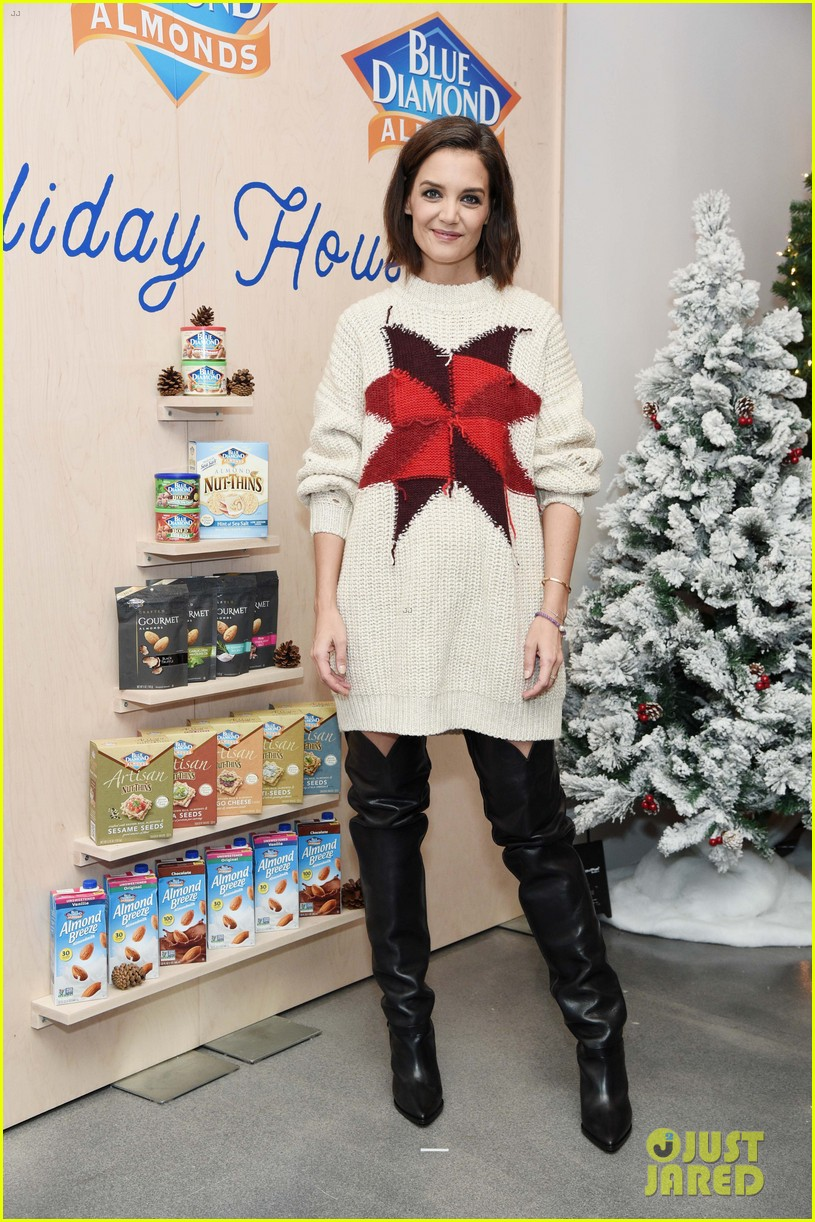 katie holmes steps out to support blue diamond almonds holiday house 094162935