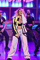 dinah jane gives solo debut performance of bottled up on tonight show 02