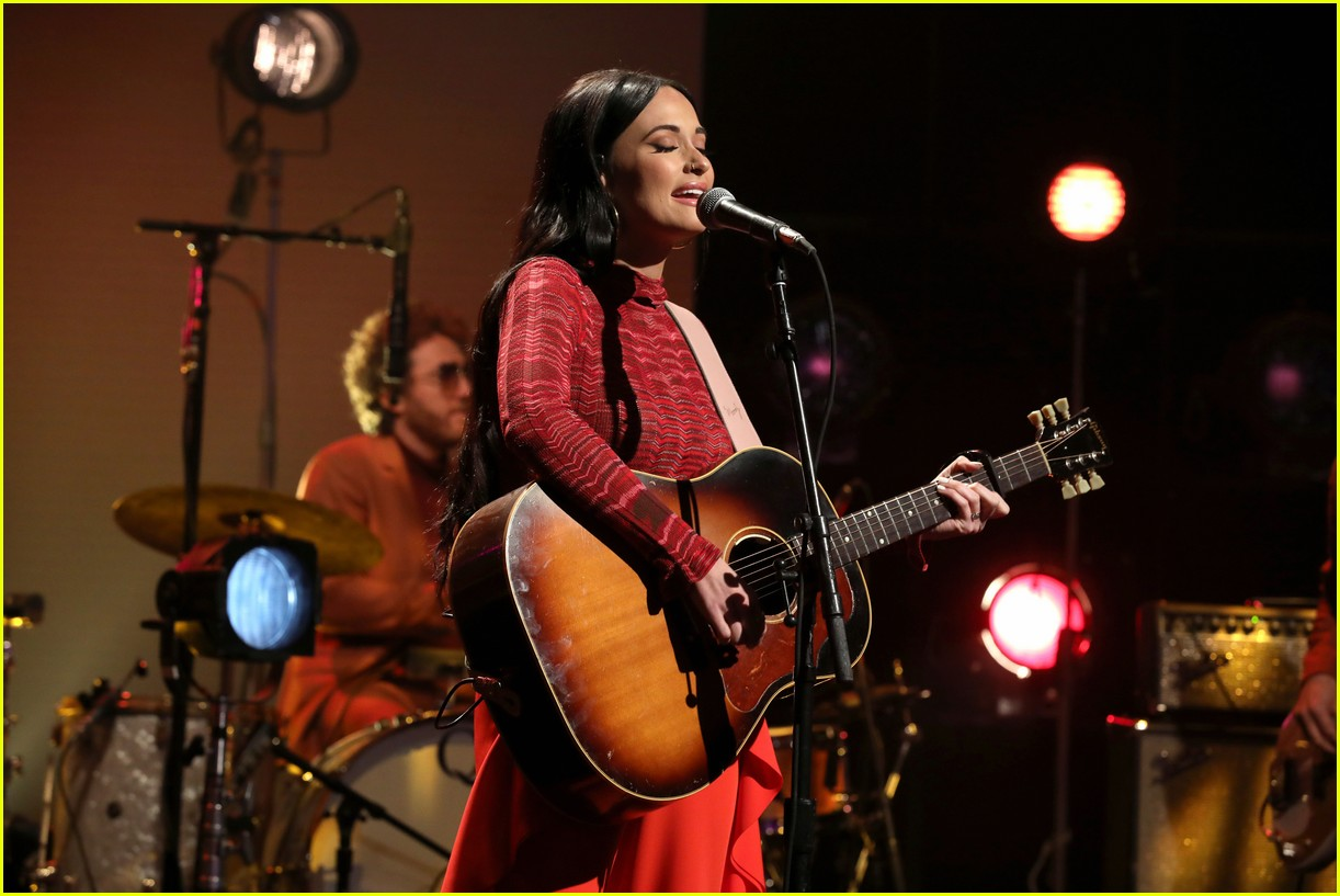 kacey musgraves ellen october 2018 014160477