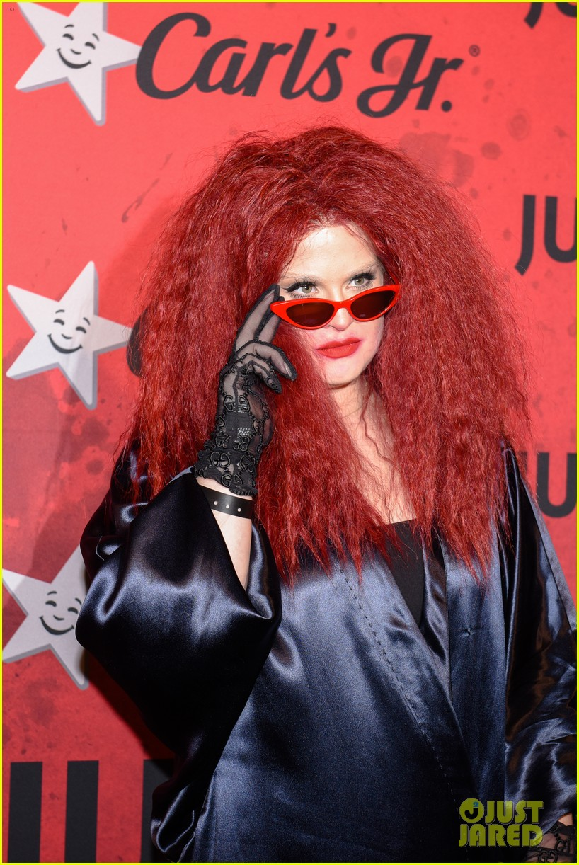 kelly osbourne just jared halloween party 08
