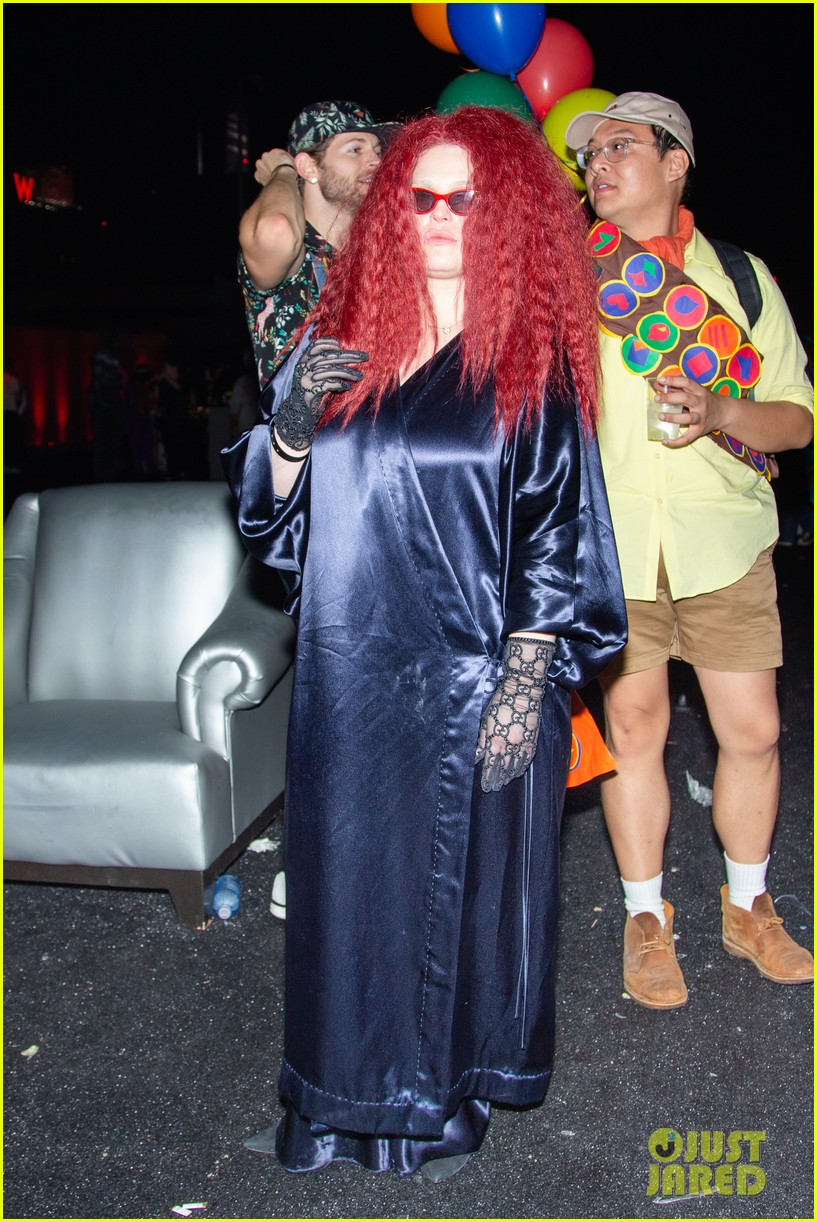 kelly osbourne just jared halloween party 11
