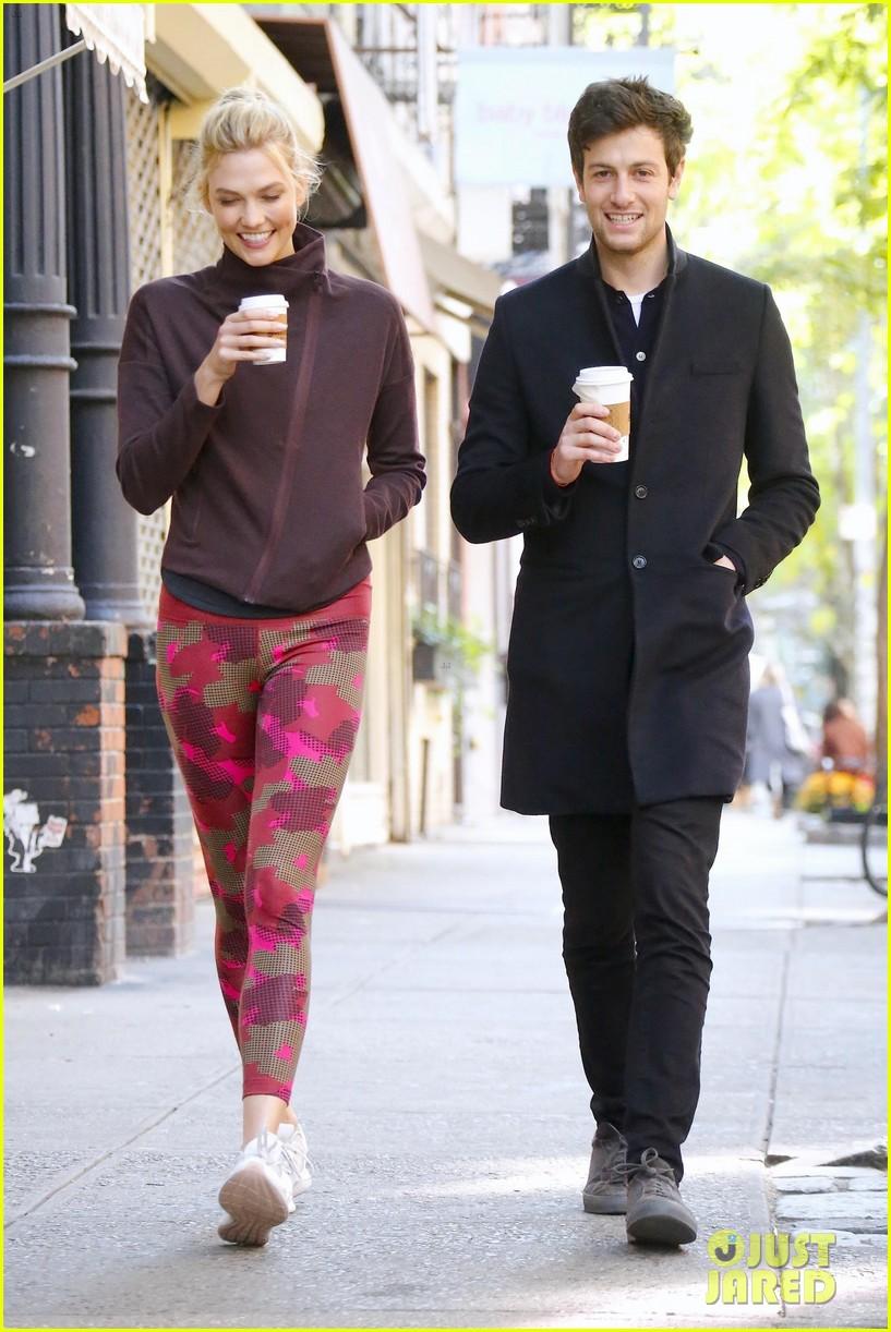 Karlie Kloss & New Husband Joshua ...