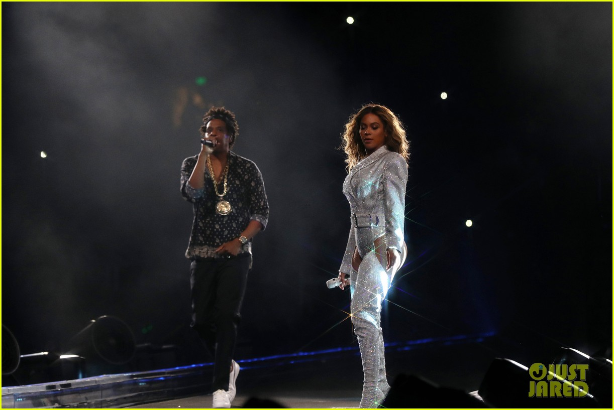 beyonce jay z complete on the run ii tour across europe north america 054161284