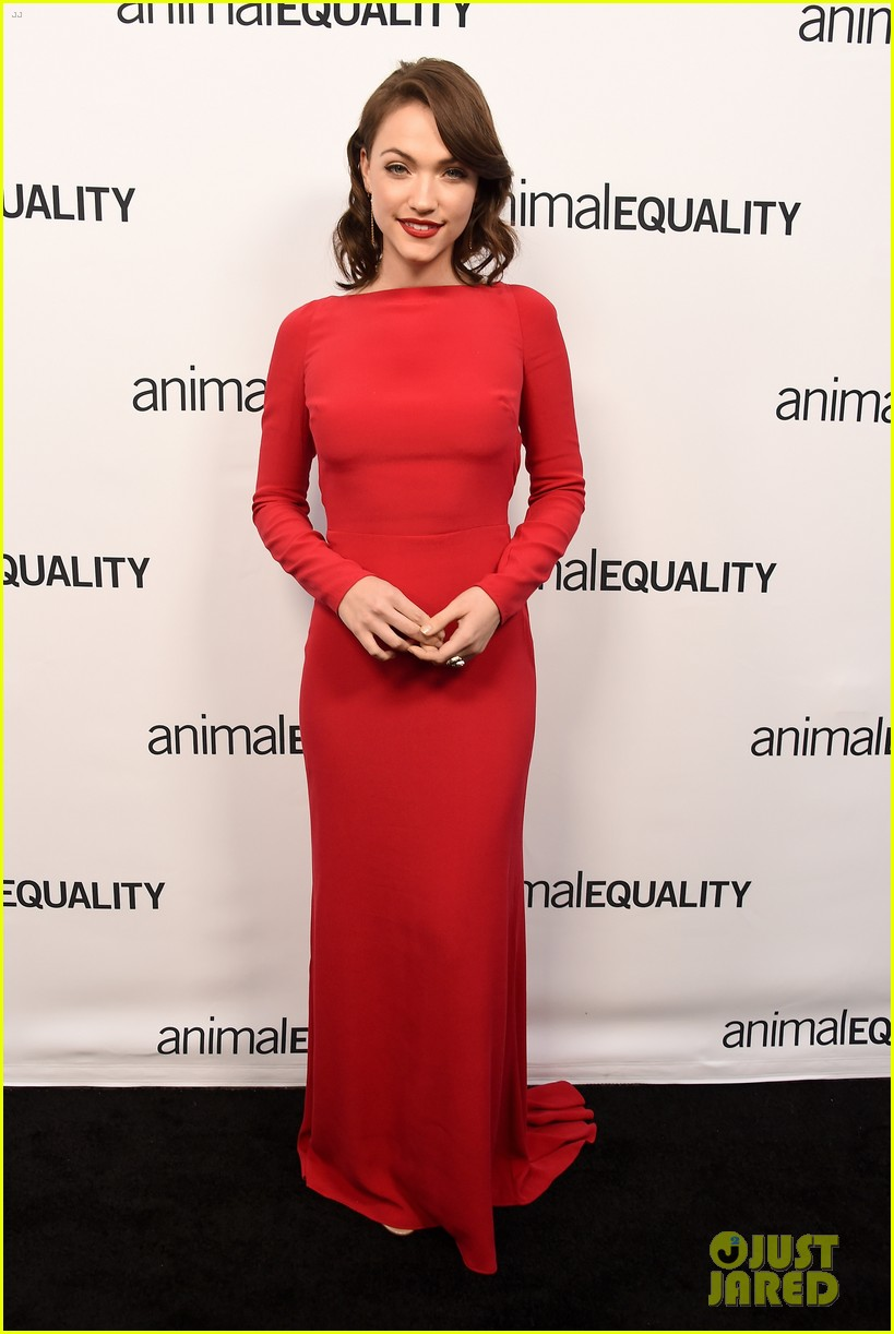 kate rooney mara step out for animal equality gala 12