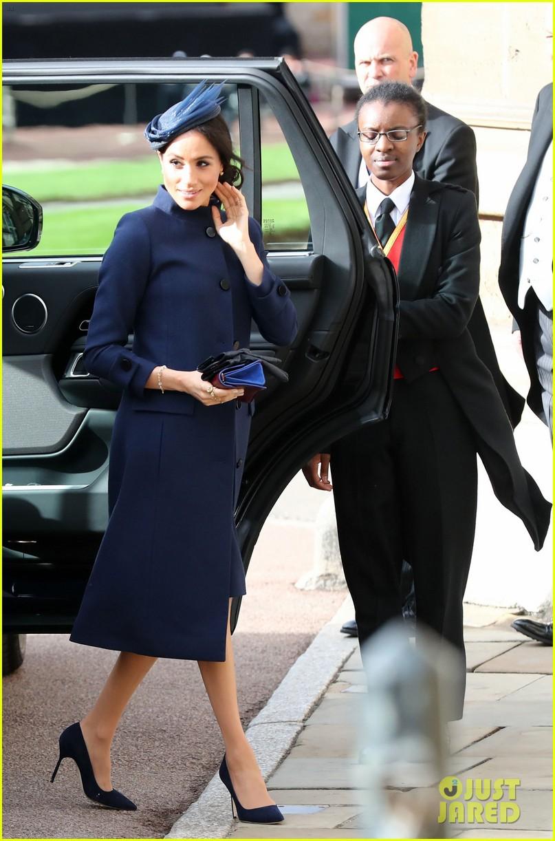 prince harry meghan markle at princess eugenie wedding 014163599