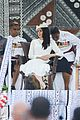 pregnant meghan markle and prince harry touch down in fiji17