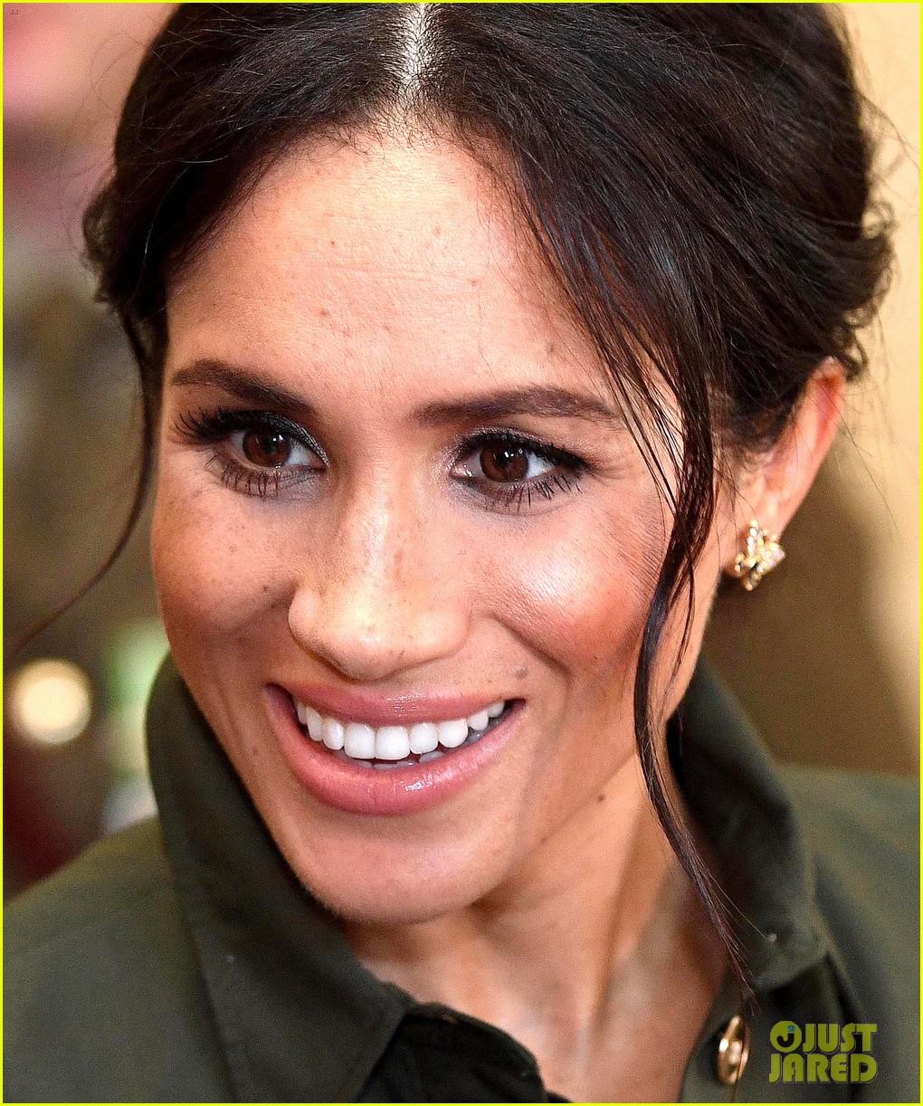 Duchess Meghan Markle Looks Stunning In Second Maternity