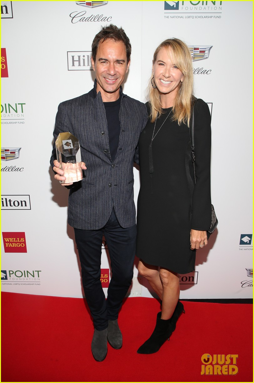 eric mccormack scores honor at point honors los angeles 2018 264165044