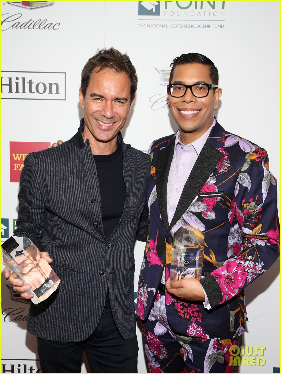 eric mccormack scores honor at point honors los angeles 2018 324165050