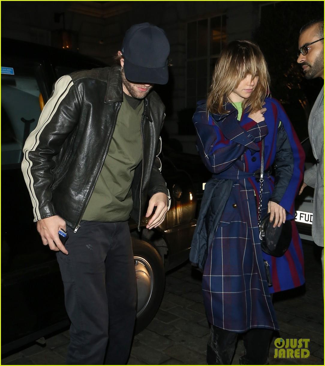 Robert Pattinson & Suki Waterhouse Spotted On a Date Night ...