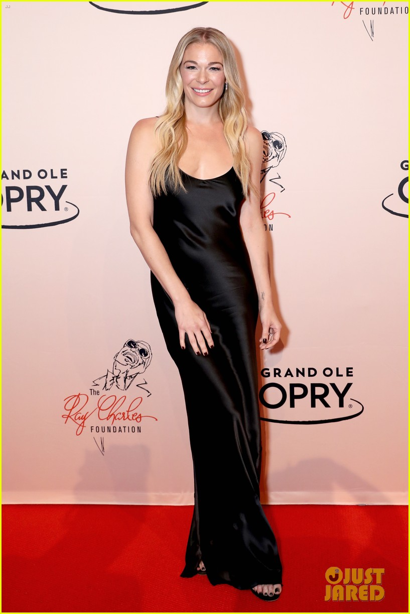 leann rimes gets support from husband eddie cibrian at opry salute to ray charles 134161382