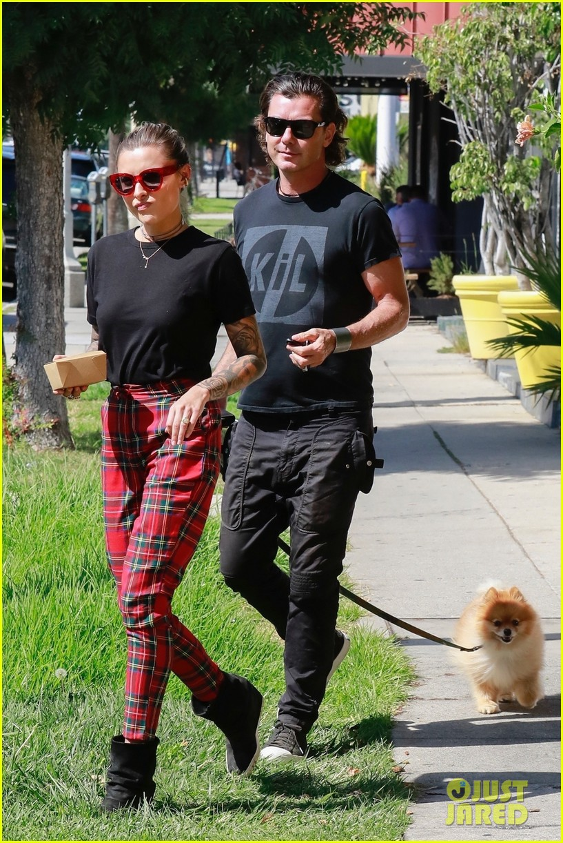 gavin rossdale sophia thomalla step out for lunch 014162868