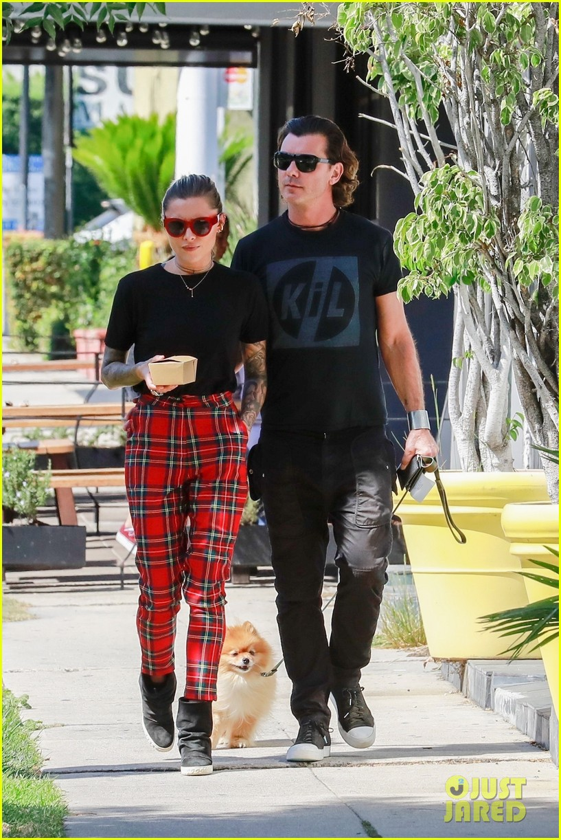 gavin rossdale sophia thomalla step out for lunch 034162870