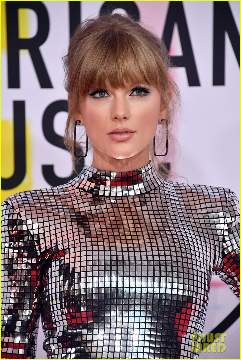 taylor swift american music awards 2018 044161517