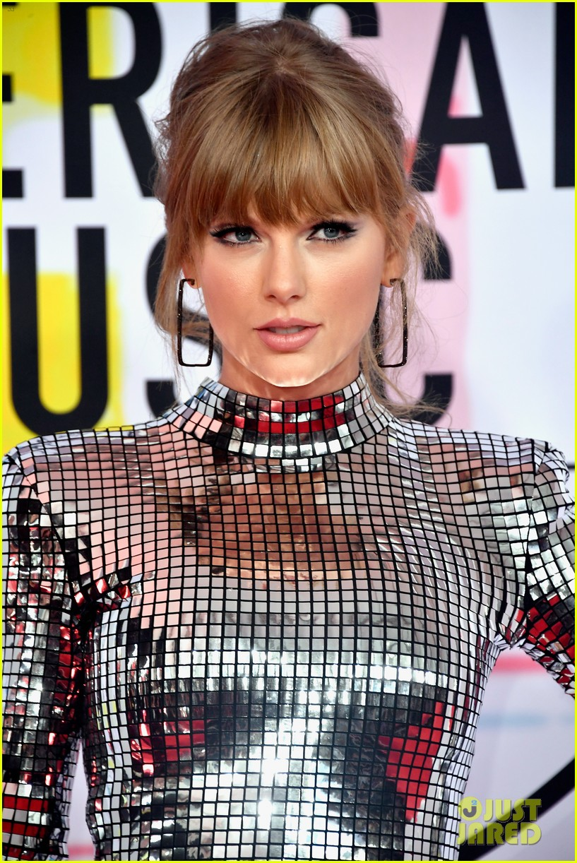 taylor swift american music awards 2018 074161520