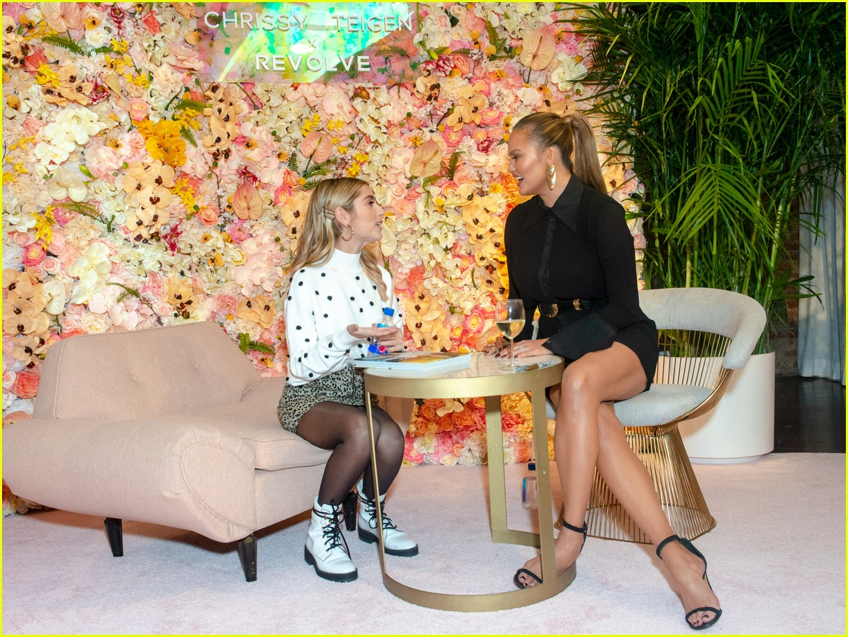 chrissy teigen shows off her revolve collection at nyc pop up124169988
