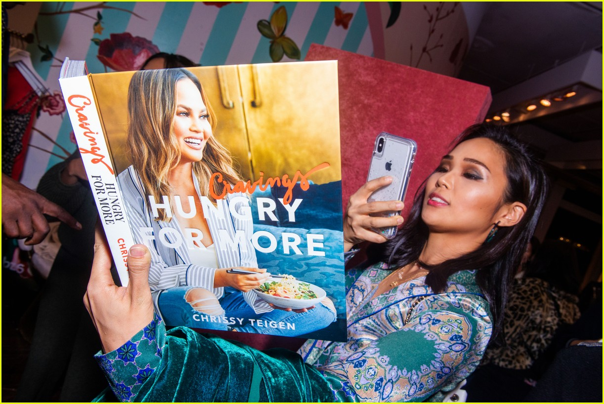 chrissy teigen shows off her revolve collection at nyc pop up144169990