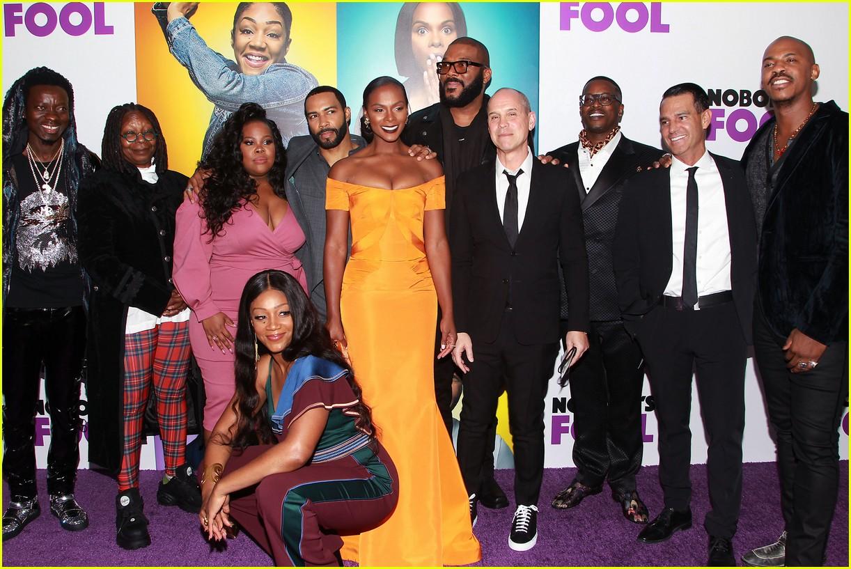 nobodys fool premiere nyc 2018 1204172312