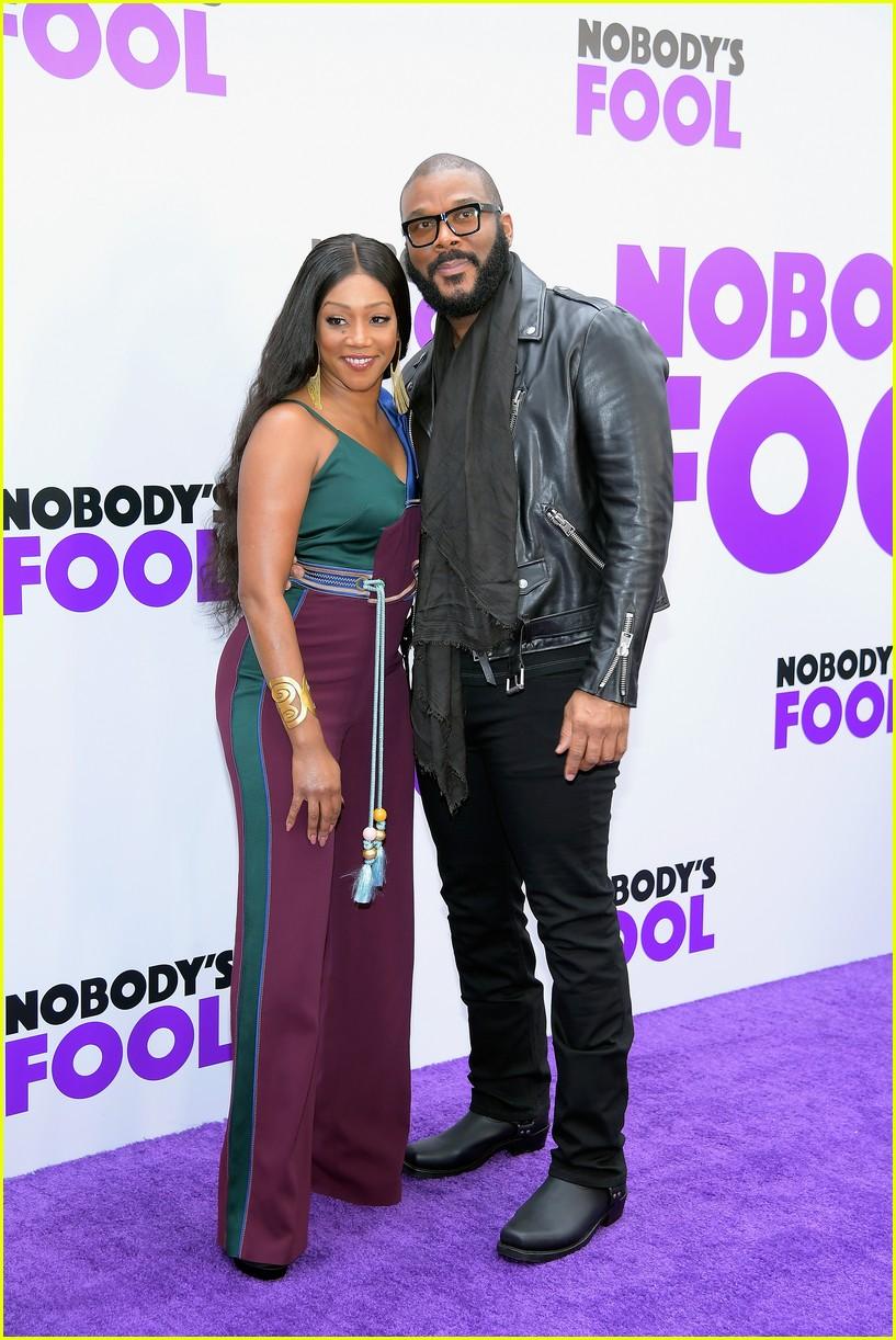nobodys fool premiere nyc 2018 384172375