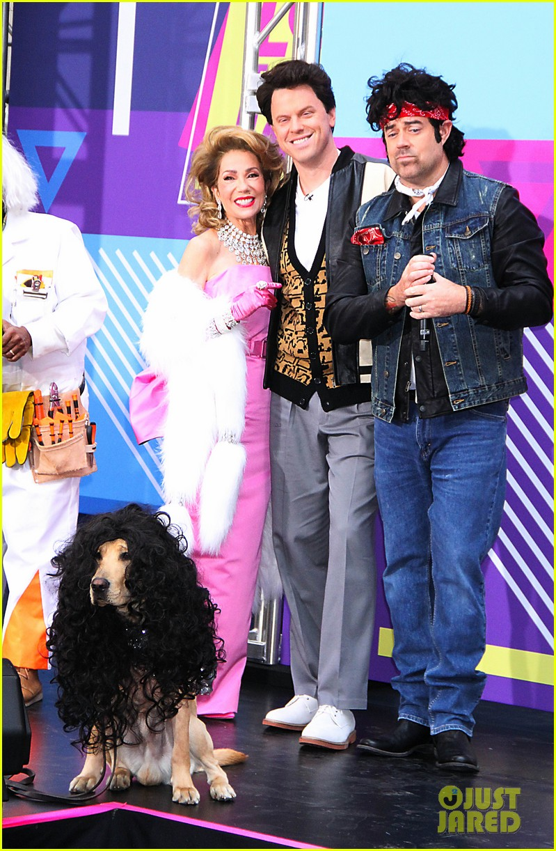 today show hosts show off their 80s inspired halloween costumes 084173864