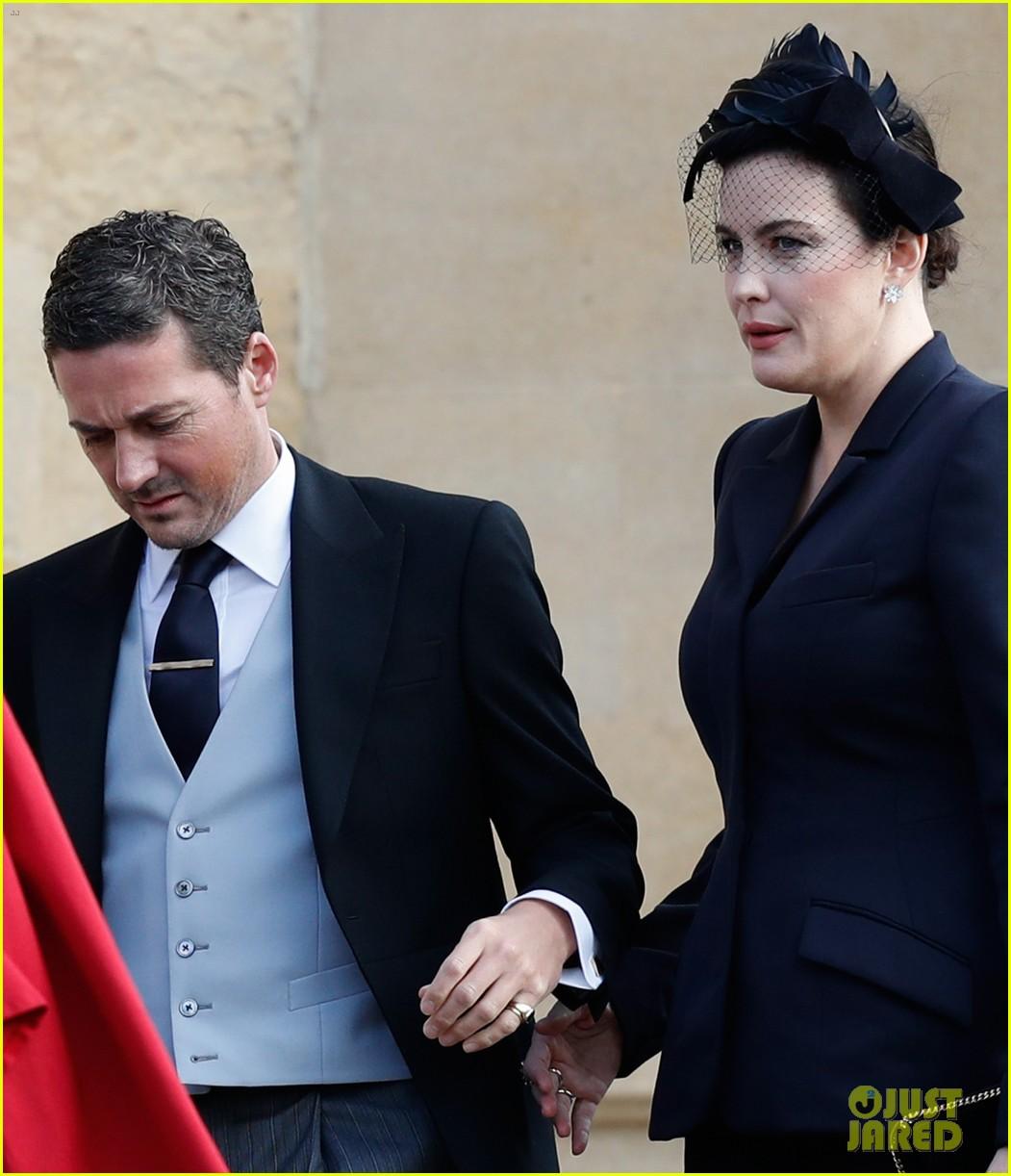liv tyler dave gardner princess eugenie wedding 044163404