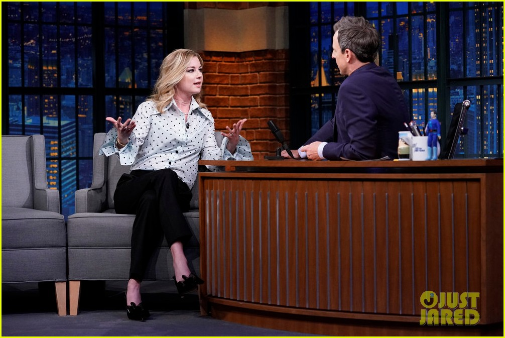 emily vancamp says its weird being part of marvel cinematic universe 014170475
