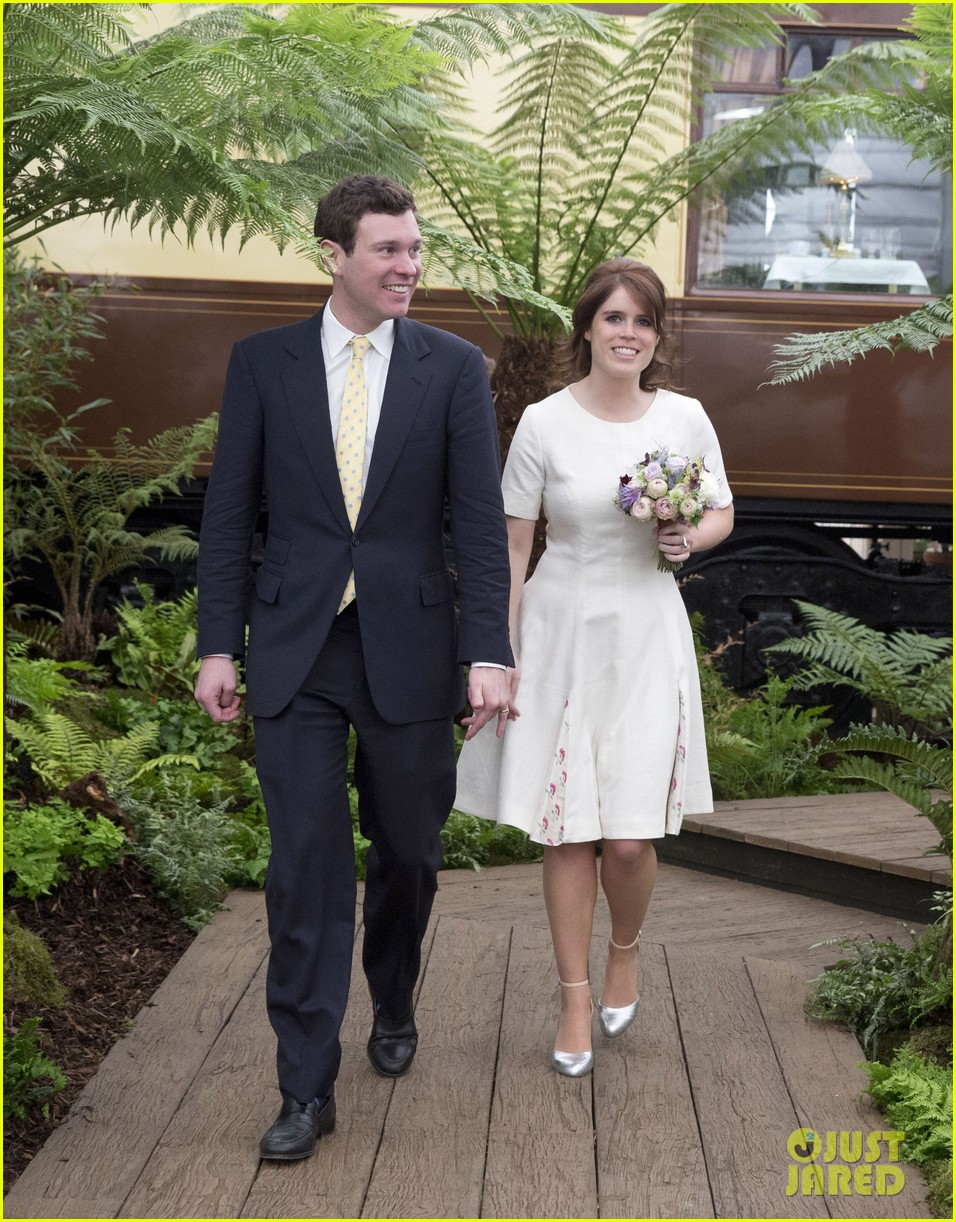 princess eugenie wedding live stream 034163103