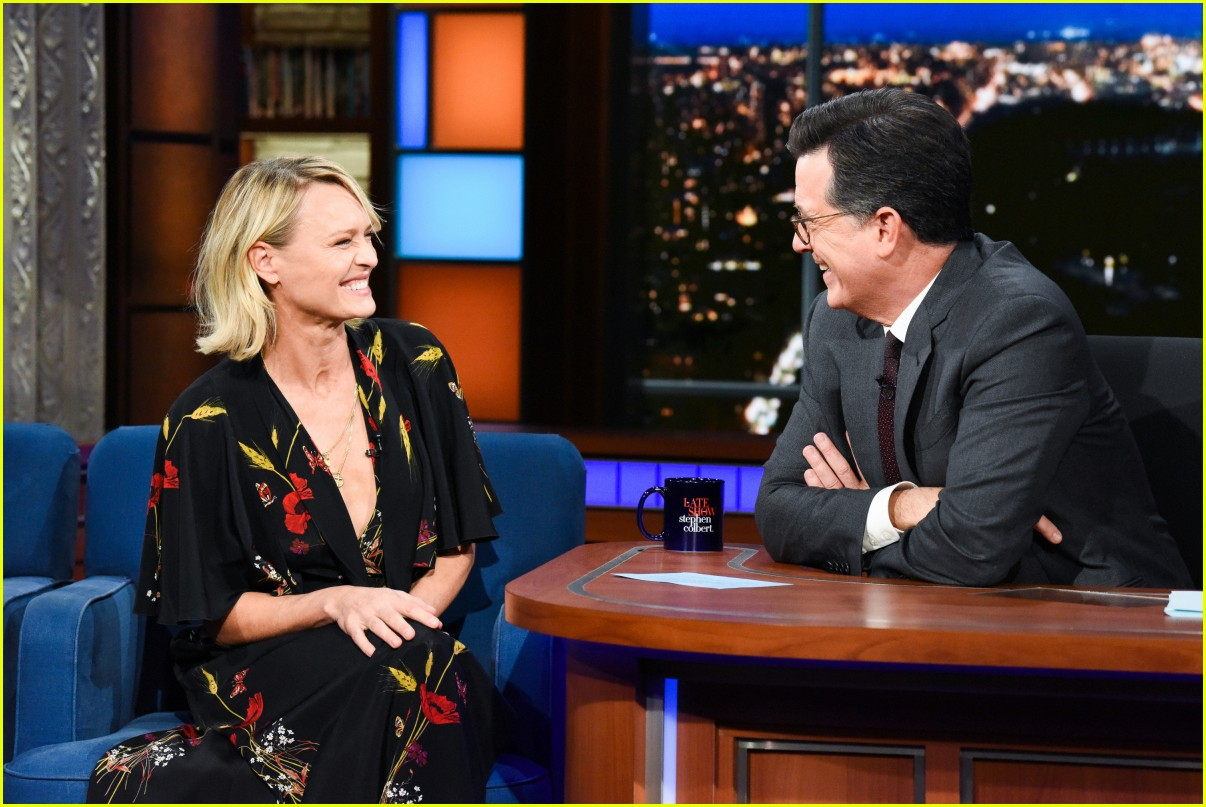robin wright colbert late show 034167651