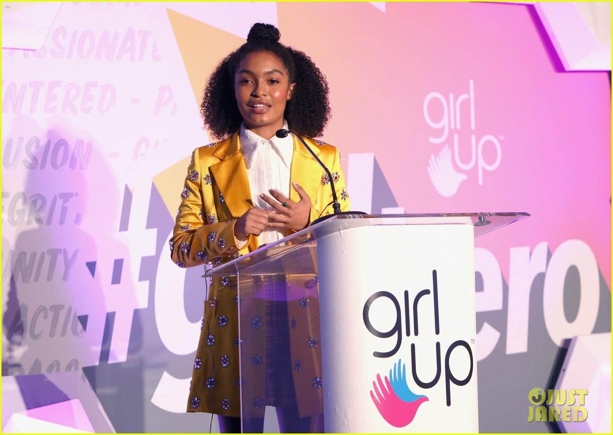 yara shahidi sabrina carpenter girl hero awards 15