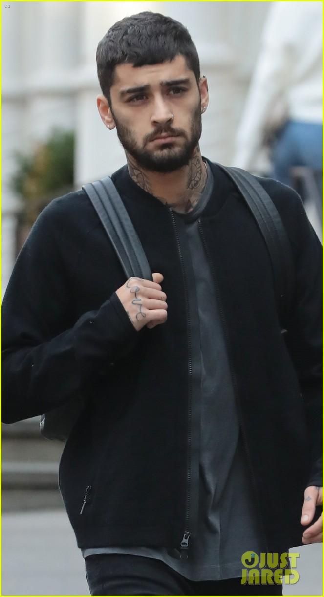 Zayn Malik Pictures 2018 Zayn Malik Drops New Song Too Much But