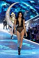 adriana lima hits the runway for final victorias secret fashion show 17