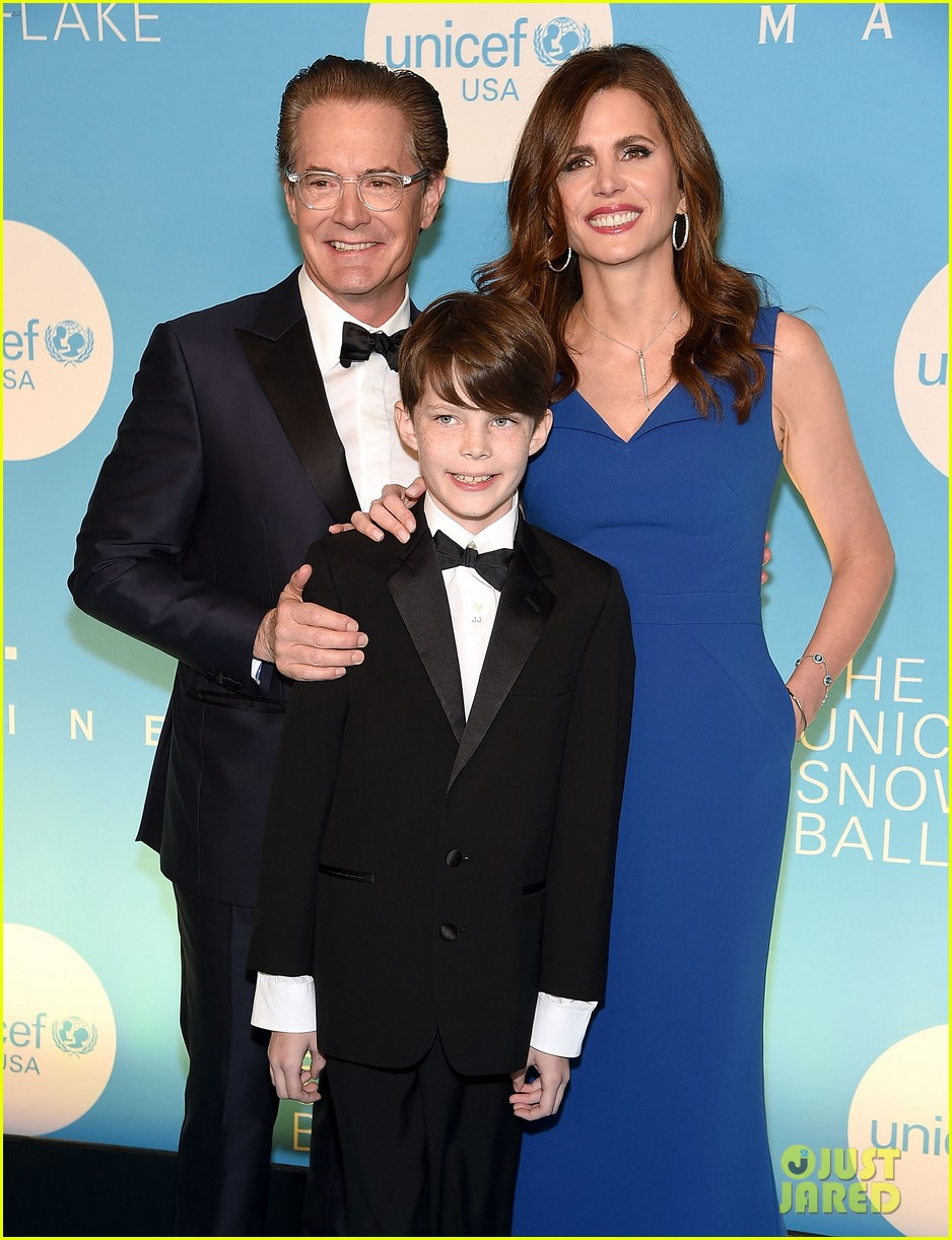 alyssa milano is joined by husband dave bugliari son milo at unicef snowflake ball 084188826
