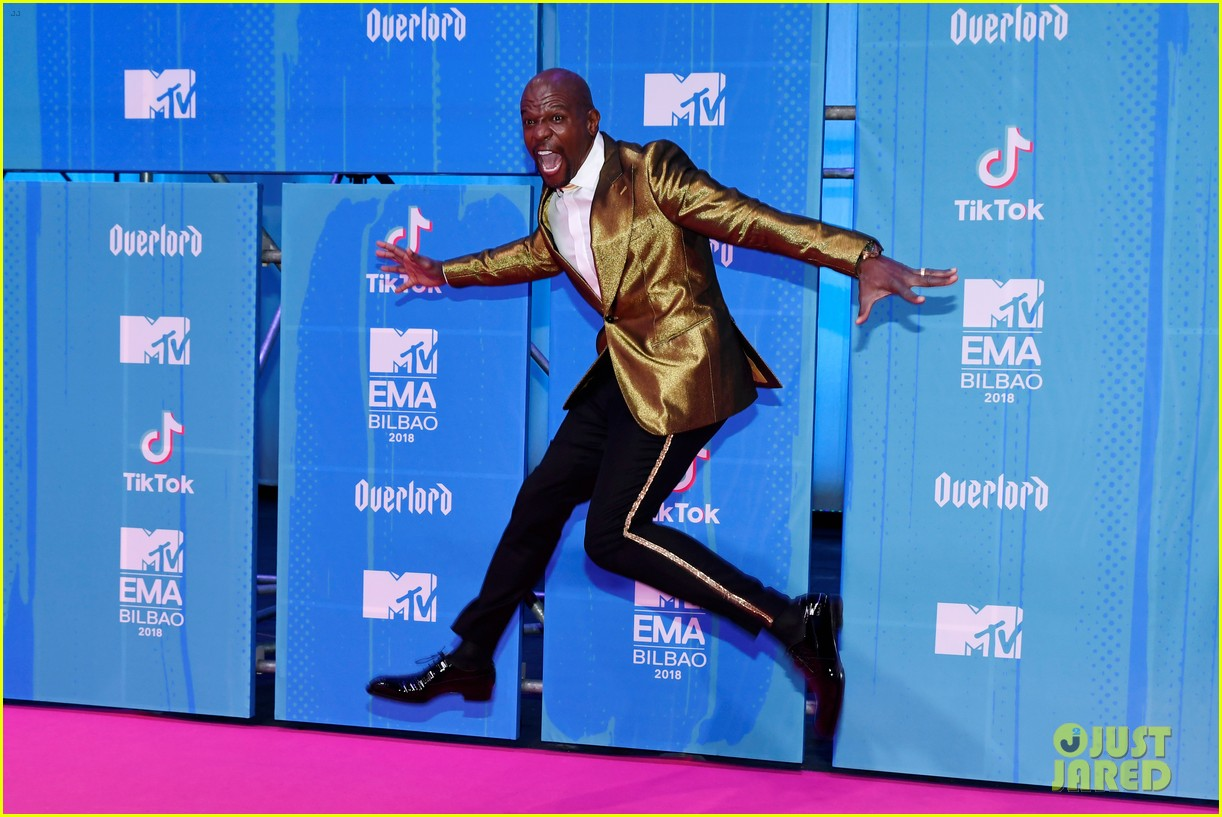 terry crews is living out his dream at mtv emas 2018 05