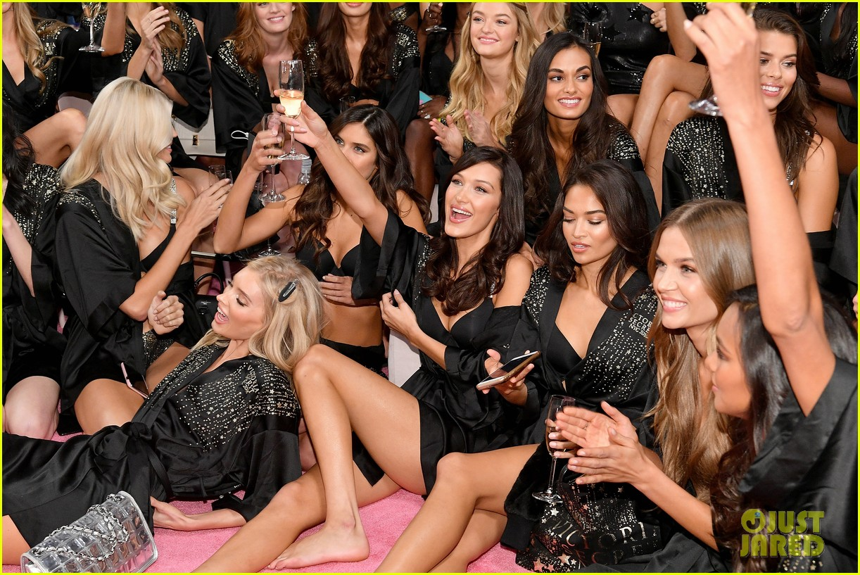 Victorias fun at backstage secret fashion show 2019