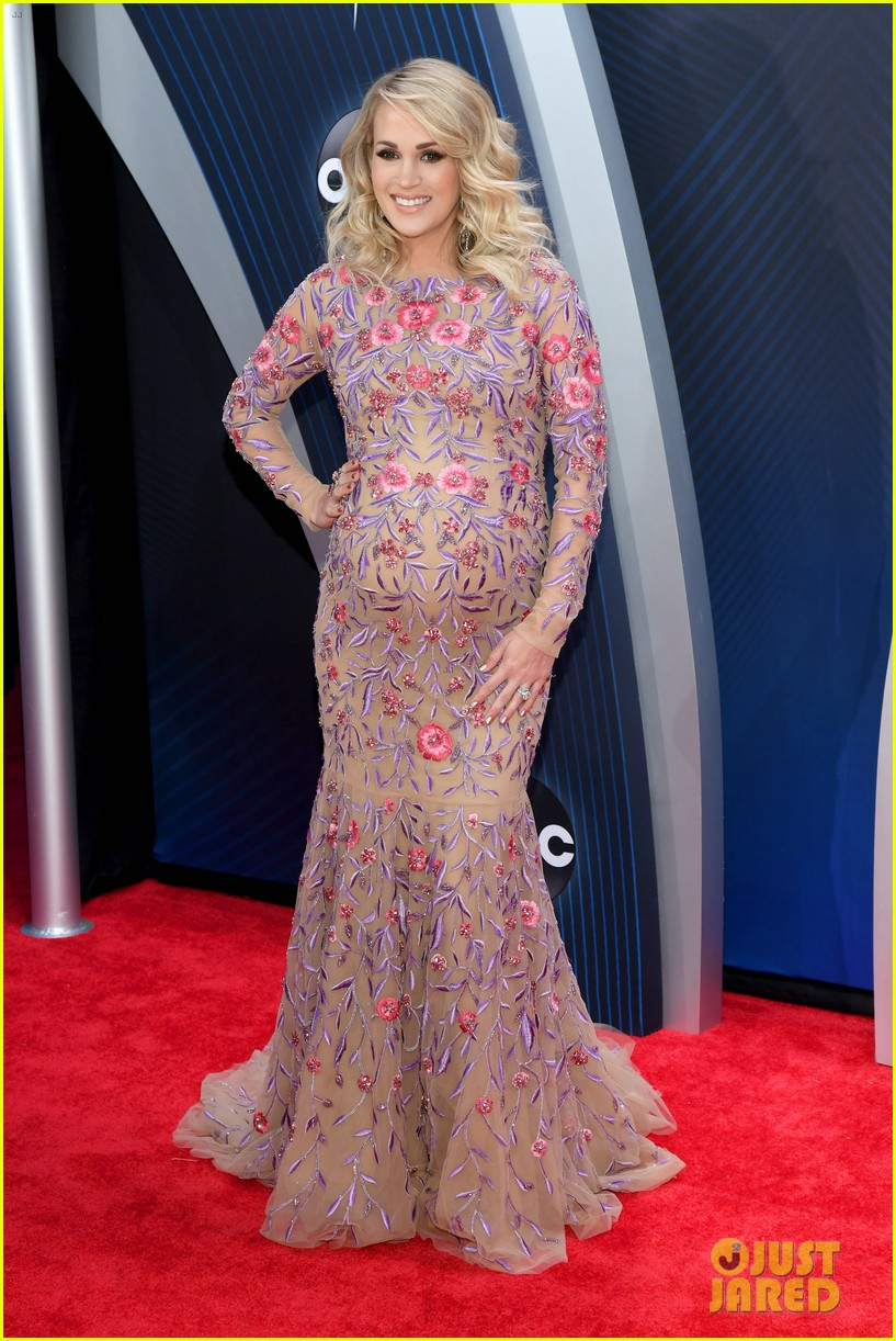 carrie underwood cma awards 2018 064182555