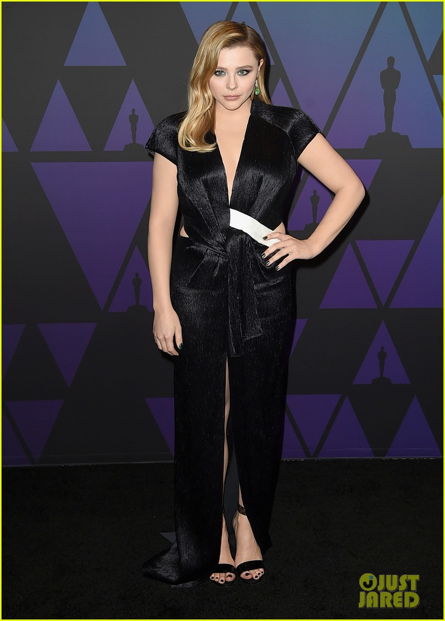 chloe moretz lily collins governors awards 2018 054184820